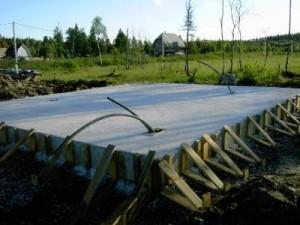 Ответ на вопрос: как сделать фундамент на болоте