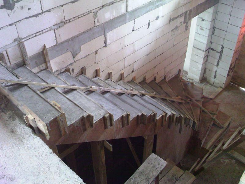 Как сделать опалубку бетонных лестниц 20