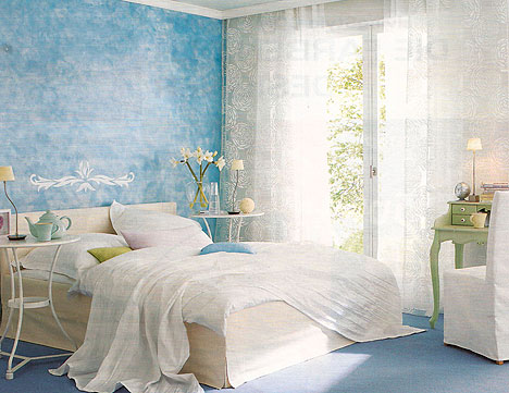 Какие обои подобрать для спальни по ...: vystroim.com/48-kakie-oboi-podobrat-dlya-spalni.html