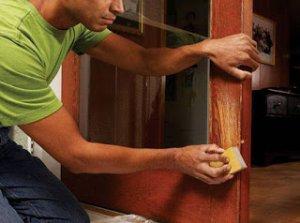 Советы профессионала: как отремонтировать старые двери и восстановить их