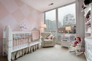Феерия красок в детской комнате