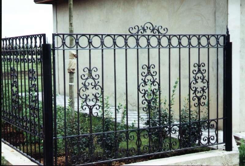 Кованые ограда своими руками