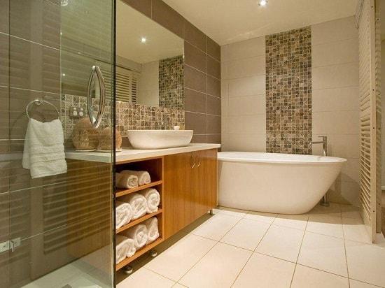 Как определиться с дизайном маленькой ванной комнаты?