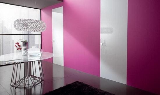 Розовые двери-невидимки
