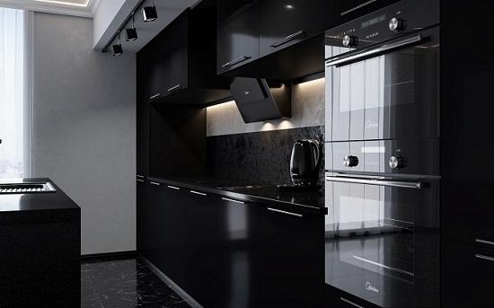 В темной-темной кухне