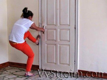 Как открыть дверь, которая захлопнулась?