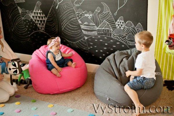 Как выбрать кресло-мешок для ребенка?